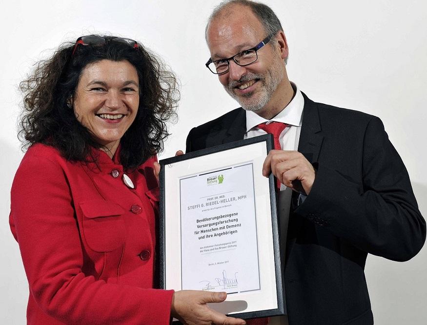 Versorgungsforscherin Steffi G. Riedel-Heller erhält Alzheimer-Forschungspreis der Hans und Ilse Breuer-Stiftung
