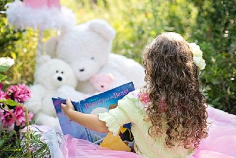 Lesen Sie Ihrem Kind doch mal wieder was vor