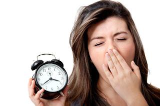 Schlaflose Patienten möchten Melatonin kaufen und nutzen meist Online-Portale