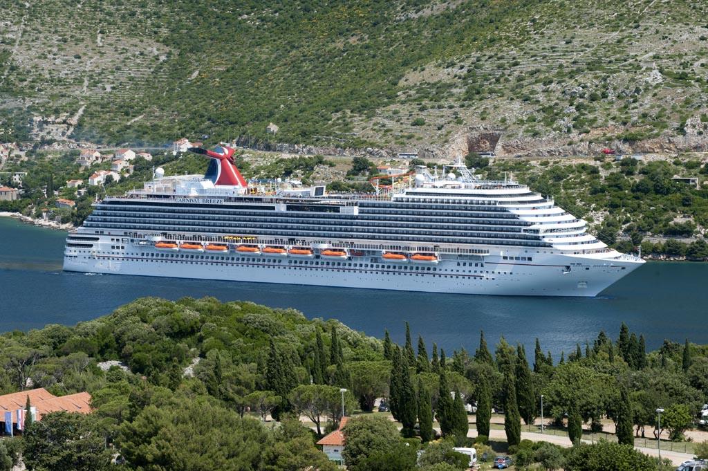 Carnival Cruise Line spendiert