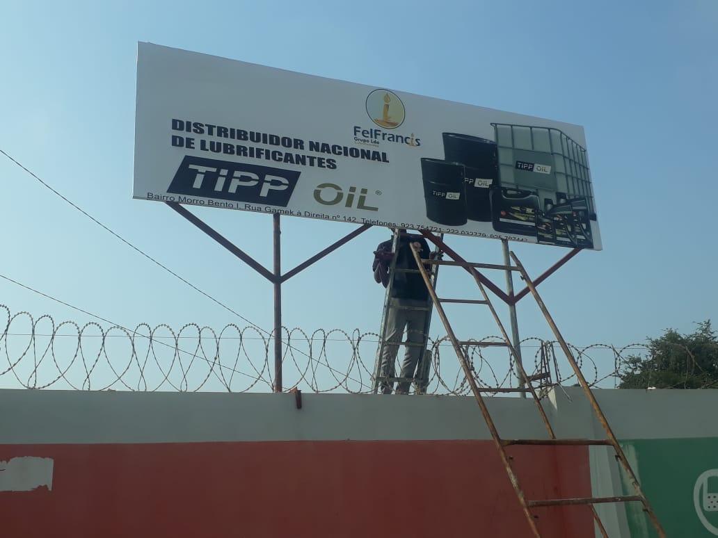 TIPP OIL steigt in der Schmierstoff Oberliga in Angola auf