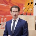 Kurz präsentiert nach Wochenblick-Leak Hetero-Liebesglück