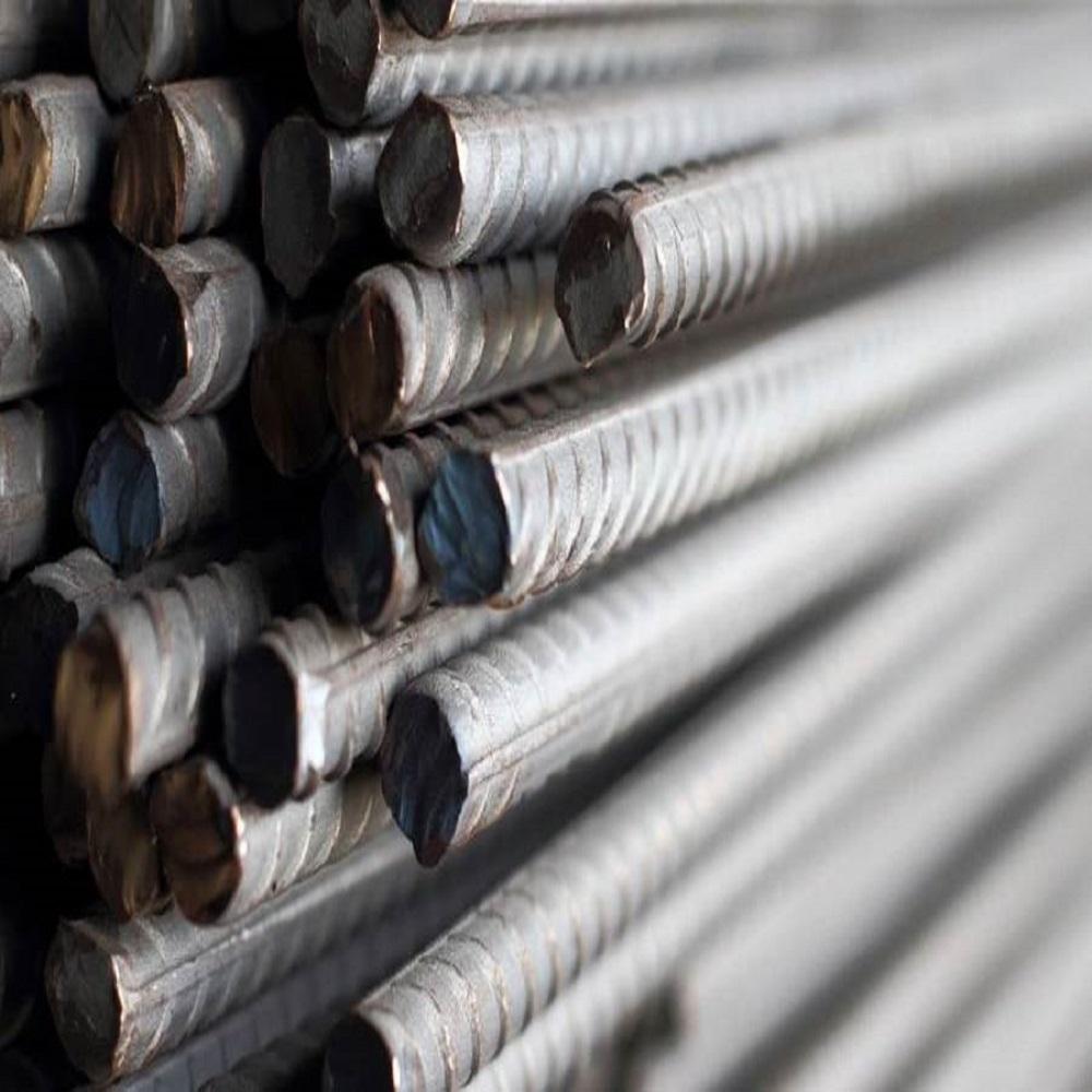 Altmetall wird professionell verarbeitet, umweltfreundlich und recycelt. Ist Schrott in ausreichender Menge vorhanden, bietet der Schrotthändler seinem Kunden einen Kauf an.